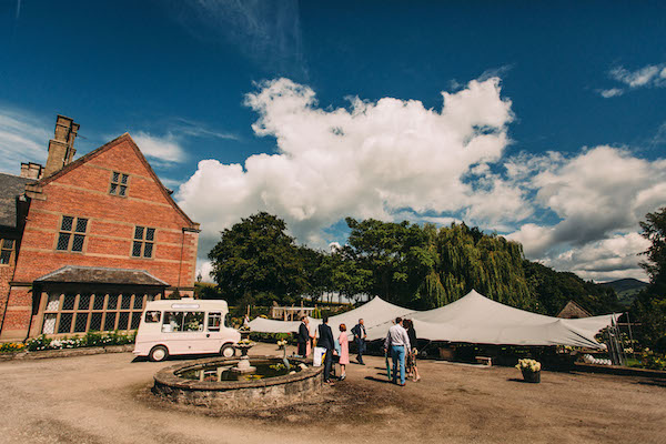 Stretch tent and ice cream van - Lawson photography